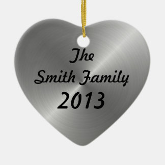 Metal cepillado personalizado adorno navideño de cerámica en forma de corazón