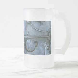 Metal Chest with Lock Mechanisms Frosted Glass Beer Mug