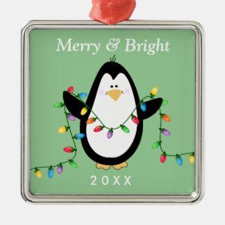 Metal cuadrado feliz y brillante del pingüino de adorno cuadrado plateado