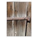 Metal de madera y oxidado resistido viejo tarjetón