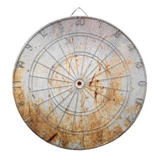 Metal oxidado aherrumbrado tablero de dardos