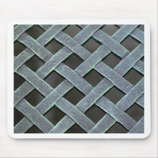 Metal weave pattern mouse pad