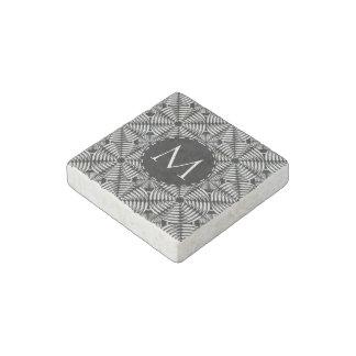 Metallic mesh pattern stone magnet
