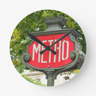 Metro Paris Round Clock