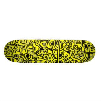 Metrópoli I - Negro en amarillo Skateboard