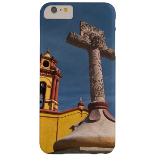 Mexico, Bernal. View of Iglesia de San Sebastian Barely There iPhone 6 Plus Case