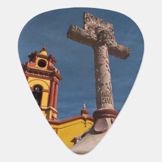 México, Bernal. Vista de Iglesia de San Sebastián Plectro