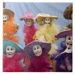 México. Catrinas esquelético, figuras que celebran Azulejo Cuadrado Grande