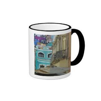 México, Guanajuato. Surtido denso lleno de Tazas De Café