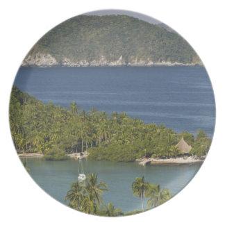 Mexico, Guerrero, Zihuatanejo. Playa Las Gatas- Melamine Plate