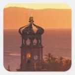 México, Jalisco, Puerto Vallarta. Torre de iglesia Pegatina Cuadrada