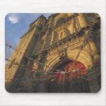México, Oaxaca, Templo de San Felipe de Neri 2 Tapetes De Raton