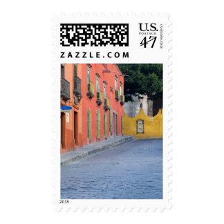 Mexico, San Miguel de Allende, Homes along Stamp
