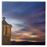 México, San Miguel de Allende. Puesta del sol enci Azulejo Cuadrado Grande