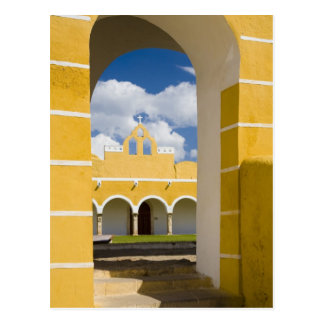 México, Yucatán, Izamal. El convento franciscano 2 Postales