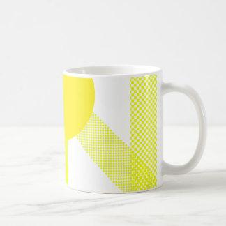 Mezcla y partido amarillos taza básica blanca