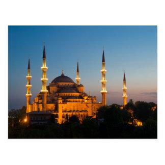 Mezquita azul en la postal crepuscular