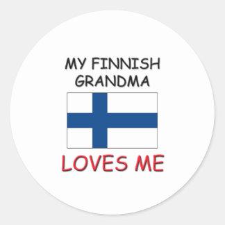 Mi abuela finlandesa me ama etiqueta redonda