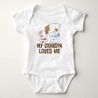 Mi abuelo me ama camiseta del nieto de la niña playeras