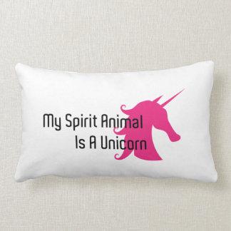 Mi animal del alcohol es una almohada del unicorni