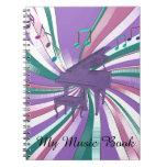 Mi arco iris púrpura del piano de la música libros de apuntes con espiral