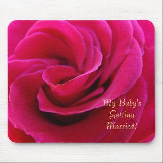 ¡Mi bebé que consigue casado! color de rosa rosado Tapete De Raton