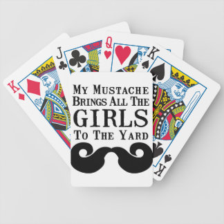 Mi bigote trae a todos los chicas a la yarda baraja cartas de poker