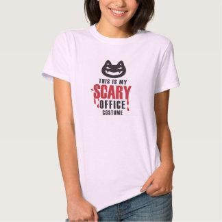 Mi camiseta asustadiza del traje de la oficina remeras