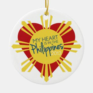 Mi corazón está en las Filipinas Ornamentos De Navidad