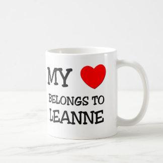 Mi corazón pertenece a LEANNE Taza