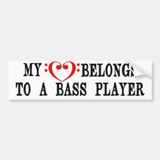 Mi corazón pertenece a un bajista pegatina de parachoque