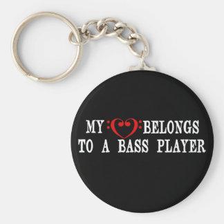 Mi corazón pertenece a un bajista llaveros personalizados
