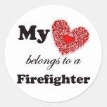 Mi corazón pertenece a un bombero etiqueta
