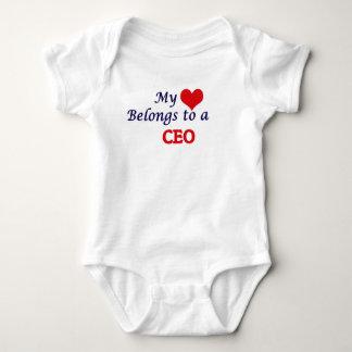 Mi corazón pertenece a un CEO Body Para Bebé