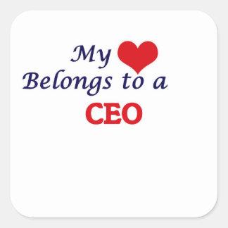 Mi corazón pertenece a un CEO Pegatina Cuadrada