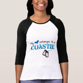 Mi corazón pertenece a un Coastie Camisas