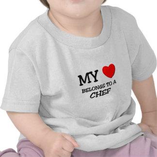 Mi corazón pertenece a un COCINERO Camisetas