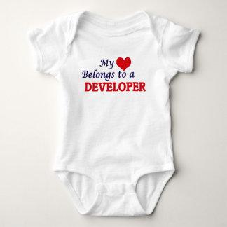 Mi corazón pertenece a un desarrollador body para bebé