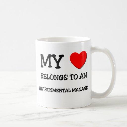 Mi corazón pertenece a un ENCARGADO AMBIENTAL Tazas De Café
