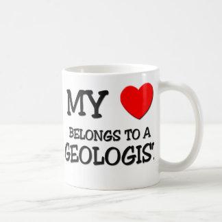 Mi corazón pertenece a un GEÓLOGO Taza De Café