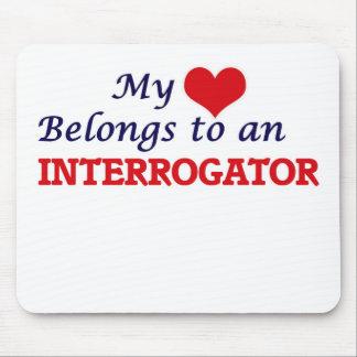 Mi corazón pertenece a un interrogador alfombrilla de raton