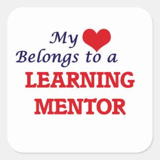 Mi corazón pertenece a un mentor de aprendizaje pegatina cuadrada