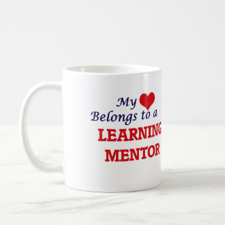 Mi corazón pertenece a un mentor de aprendizaje taza de café