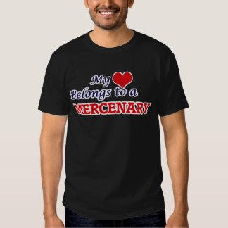 Mi corazón pertenece a un mercenario camisas
