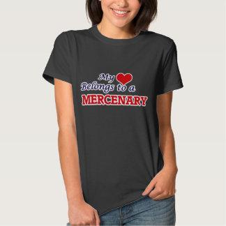 Mi corazón pertenece a un mercenario remera