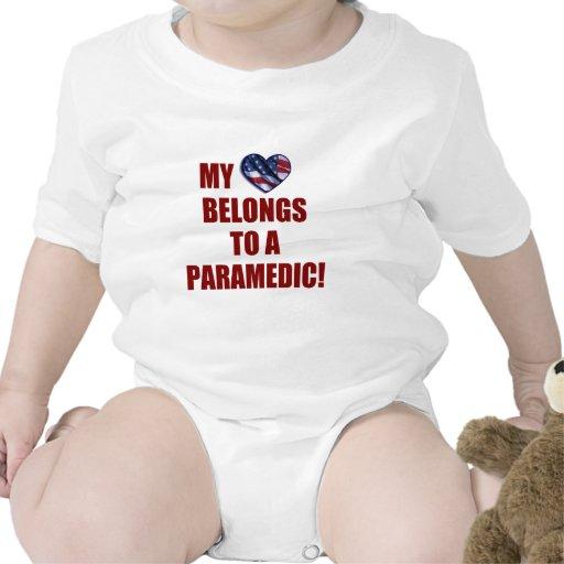 Mi corazón pertenece a un paramédico traje de bebé