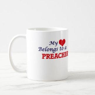 Mi corazón pertenece a un predicador taza de café