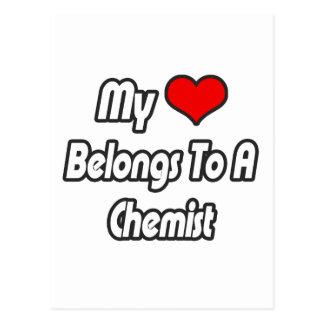 Mi corazón pertenece a un químico tarjetas postales