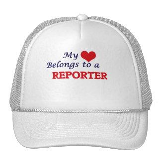 Mi corazón pertenece a un reportero gorro de camionero