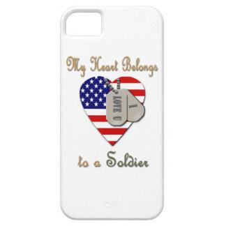 Mi corazón pertenece a un soldado iPhone 5 fundas